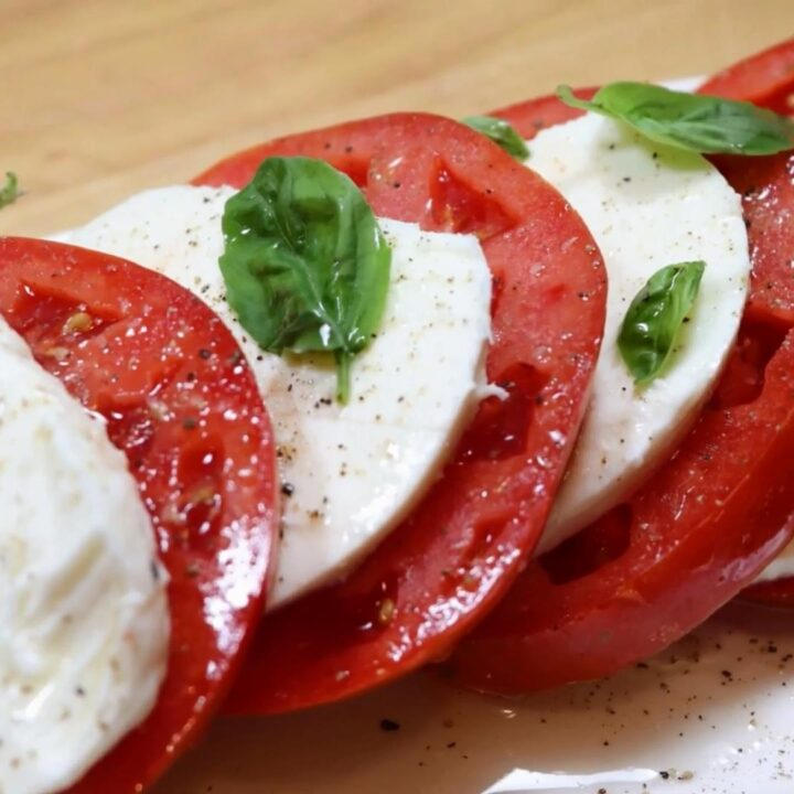 Delicious Caprese Salad Easy Recipe